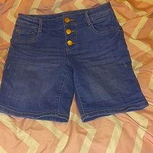 Girls Jean shorts NWOT
